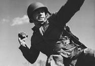 Šílení válečníci - díl 3. Muž s hromadou granátů