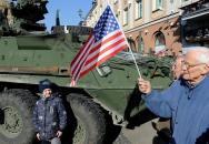 Hrozí České republice při průjezdu amerických ozbrojených sil mezinárodní ostuda?