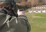Střelba z pistole na 300 metrů? Žádný problém....