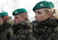 Ženy v armádě. Mají tam své místo?
