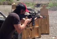 Keanu Reeves trénuje střelbu do akčního filmu John Wick 2