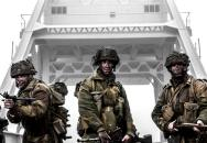 Nový britský film Pegasus bridge aneb když osudy tisíců závisely na pár stovkách statečných
