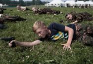 Místo hraček zbraně: V Rusku začínají s výcvikem nové generace vojáků již v dětství