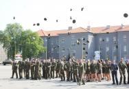 Slavnostní vyřazení absolventů vojenského studia Univerzity obrany