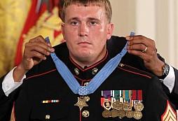 Dakota L. Meyer - Voják, který dostal MEDAL OF HONOR za záchranu 36 kamarádů z léčky Talibanu