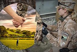 ArmyWoman: Kýžený rozcestník pro ženy, matky, sestry (…) vojáků a VOJÁKYNĚ