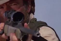 Nejlepší sniper na světě aneb nes*rte Chucka
