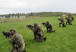 Výcvik 3. průzkumné roty AZ 102.pzpr