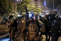 Válka v Německu - Summit G20 aneb, Hamburk opět v plamenech