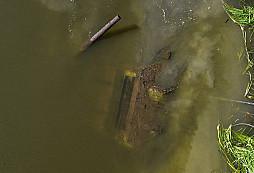 U Voroněže vytáhli ze dna řeky zachovalý tank T-34-76