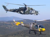Premiéra nového vrtulníku Enstrom 480 ve službách naší armády v rámci vojenského cvičení leteckých návodčích