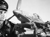 Hans-Ulrich Rudel - legendární druhoválečný pilot a jediný nositel nejvyššího stupně Rytířského kříže