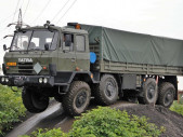 Když se TATRA 815 stane na vozovce neovladatelnou aneb výcvik armádních řidičů