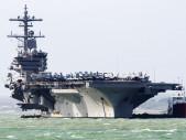 Írán znovu opravuje kopii americké letadlové lodi