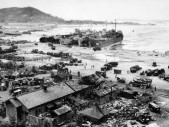 Výsadek u Jangsadong: Jak se 17-ti letí studenti s minimem bojových zkušeností dostali do zad celé severokorejské divizi