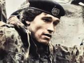 Arnold Schwarzenegger sloužil jako tankista, kvůli kulturistické soutěži ze služby utekl