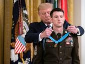 Medal of Honor pro žijícího operátora elitní speciální vojenské jednotky Delta Force