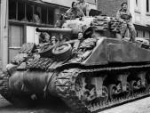 Sherman: Známý tank US Army a USMC opředený řadou nelichotivých legend