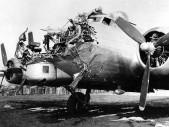 Vypadl z bombardéru a přežil pád z téměř 7 kilometrů