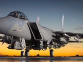 Nový americký víceúčelový bojový letoun F-15EX dostal oficiální jméno