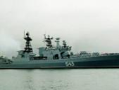 Ruská fregata Maršál Šapošnikov při střeleckých testech málem zasáhla sama sebe