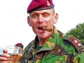 Šílený doktor u britských parašutistů