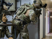 Společné protiteroristické cvičení Navy SEALs a kyperských speciálních sil