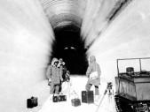 Project Iceworm a Camp Century - americká raketová základna pod ledem Grónska