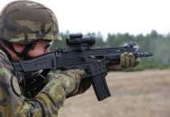První představení druhé generace pušky BREN