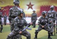 Čínská armáda verbuje mladé lidi na nové akční video