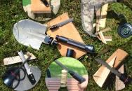 Nezničitelná multifunkční armádní lopatka
