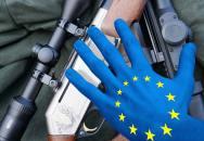 Proč nám Evropská Unie chce sebrat zbraně a co obsahuje ,,holandský návrh Směrnice o nabývání a držení zbraní