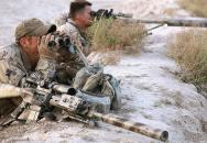 Kanadský sniper z elitní speciální jednotky eliminoval příslušníka IS na 3,5 kilometru
