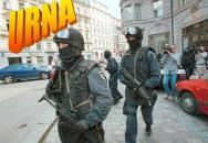 Výcvik protiteroristické skupiny Útvaru rychlého nasazení těsně po revoluci 1989..