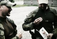 Co jedí vojáci? V Česku najdete ve vojenském potravinovém balíčku i sušené maso
