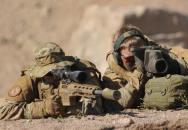 Jak kanadský sniper trefil Talibance na téměř 2,5 km!