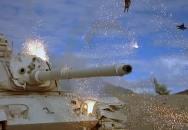 Zpomalené záběry střeleb z rotačního kanónu GAU-8 Avenger