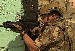 I dnes se najde hlava státu, která vede své muže do boje v první linii! Jordánský král Abdullah II. se toho fakt nebojí