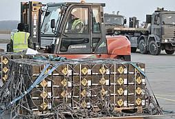 Česká armáda darovala Jordánsku sedm milionů kusů nábojů, které už nepotřebuje