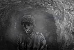 Ve štolách lomu Velká Amerika stále obchází duch mrtvého německého vojáka