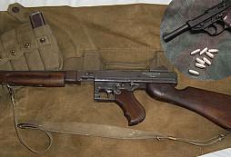Stát získal cennou sbírku zbraní