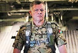 Takhle se jde příkladem - hlava státu se zúčastní ostrého vojenského cvičení