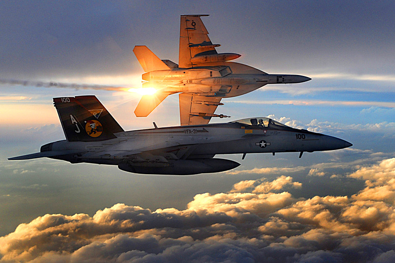 FA-18_Super_Hornets_of_Strike_Fighter_Squadron_31_fly_patrol,_Afghanistan,_December_15,_2008_1